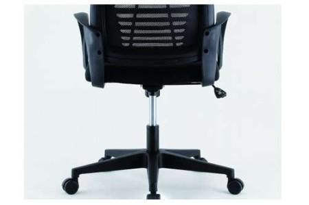 会議椅子を事務用回転椅子に代用