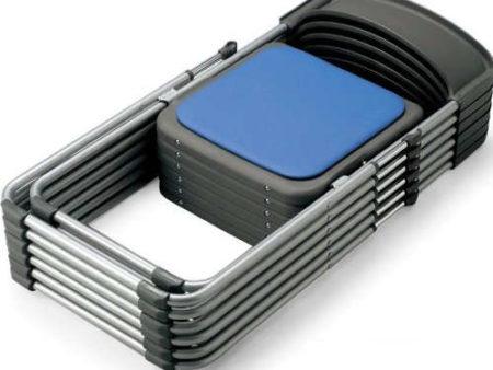 アルミ製アルミフレームを採用した会議用チェア(折りたたみ椅子)